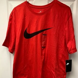 NIKE Short Sleeve T-Shirt NEW Size: XL Color: Red